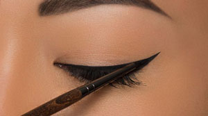 eye-liner-tuto