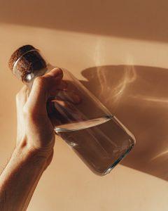 Décoloration poils eau oxygénée